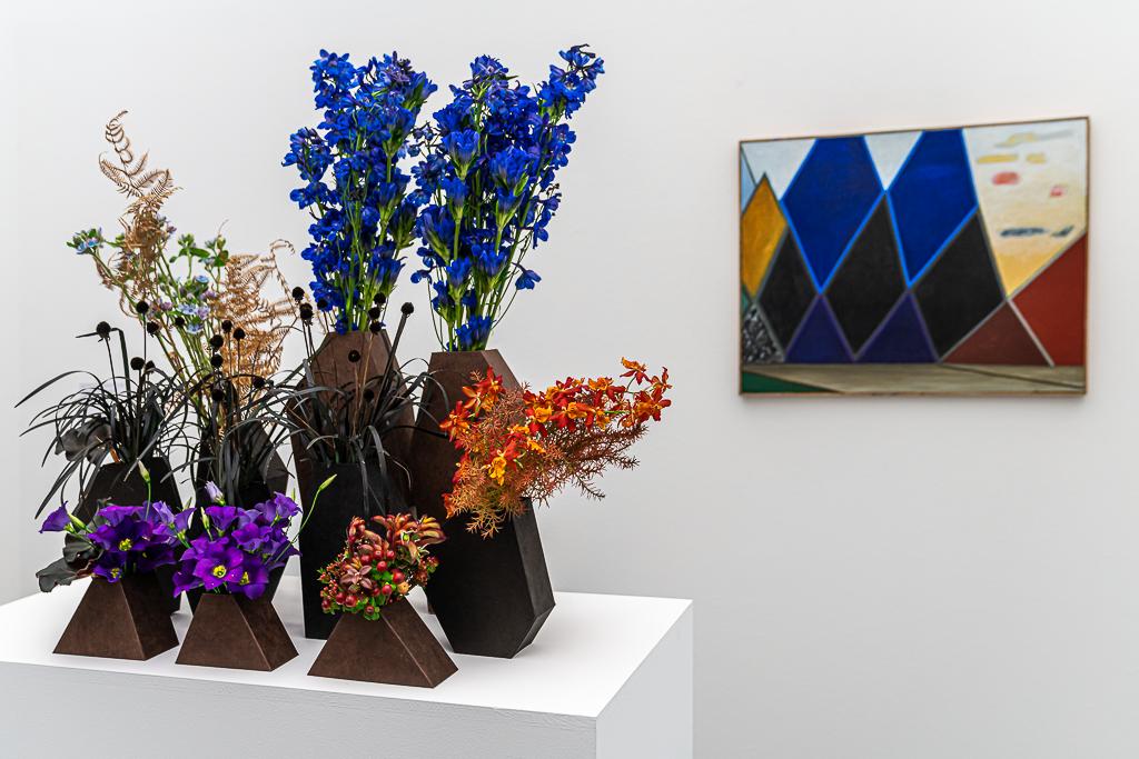 Flowers to Arts: Regula Guhl (Floristin), Meret Oppenheim (Malerin)