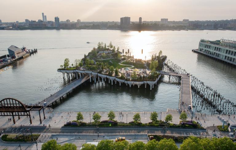 Little Island in New York; Bild: Courtesy of Heatherwick Studio.